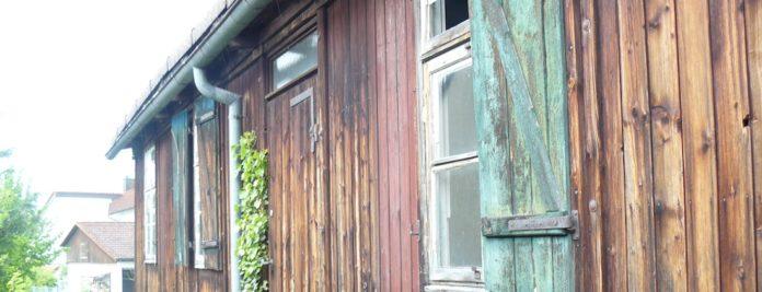 Wohnbaracke der Familie Flaig in Gschlachtenbretzingen, einem Teilort von Michelbach/Bilz bei Schwäbisch Hall. Fotos: Happe