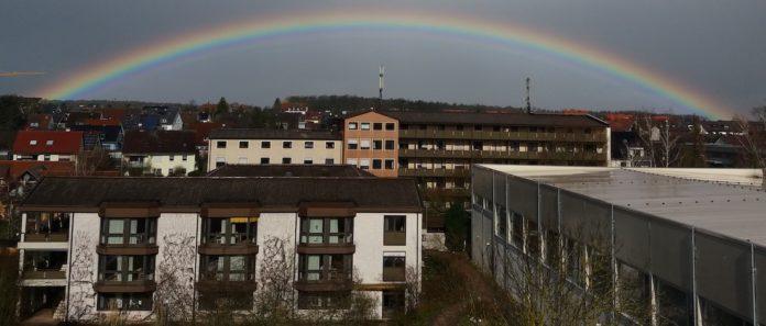 Regenbogen über der Puschendorfer Gemeinschaft zu Beginn der Corona-Zeit. Foto: Privat