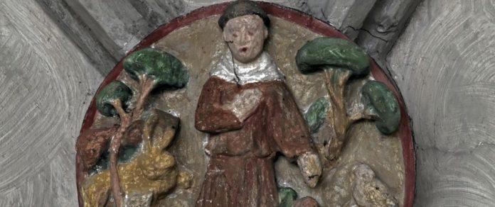 """Augsburger Kirche """"Zu den Barfüßern"""" mit Franziskus-Porträt"""